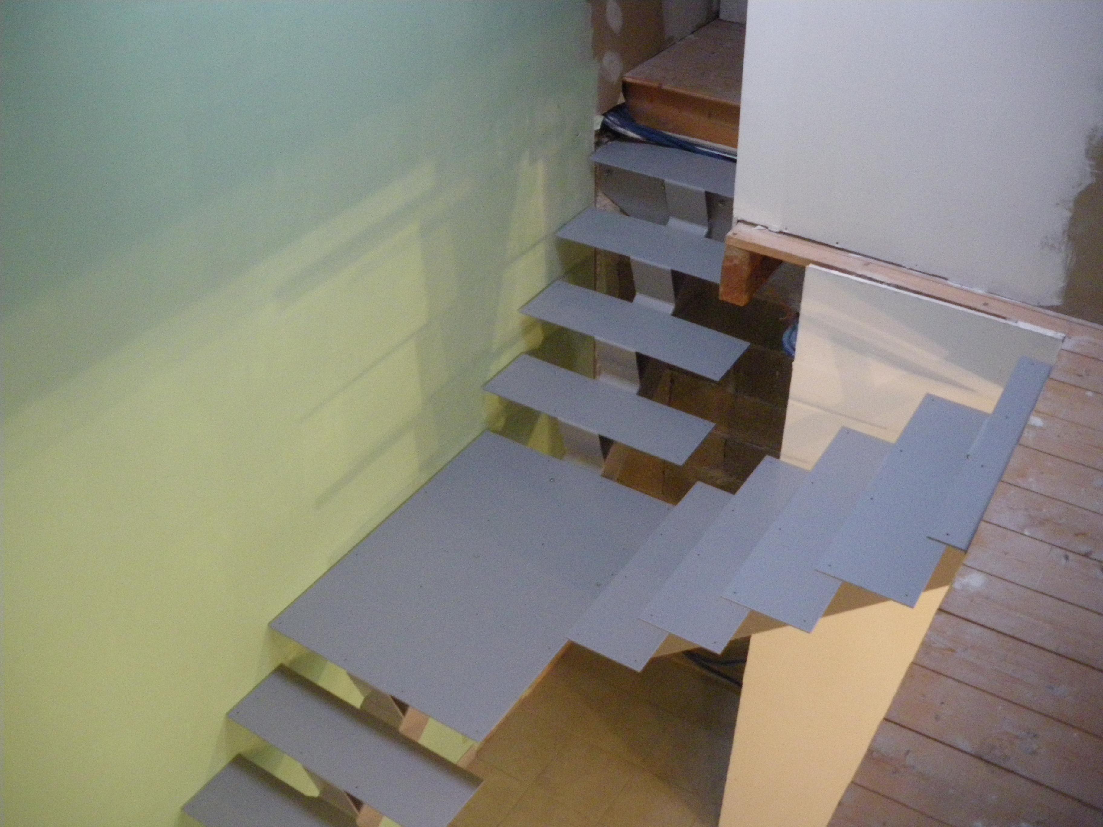 escalier Y acier peint 2